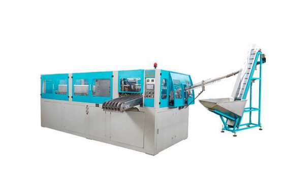 Some Qualities of a Good Plastic Bottle Making Machine