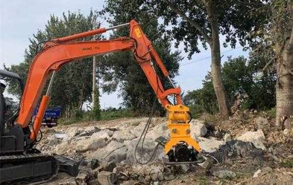 Certain operational skills and procedures when hoisting an excavator